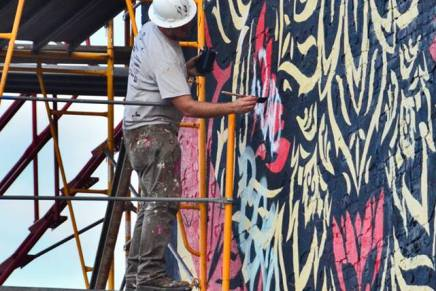 'HOPE', 'OBEY' artist teams with Mural Arts forproject