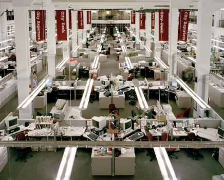 """""""DEADLINE"""": Will Steacy spends 5 years photographing Philadelphia Inquirer Newsroom decline for newbook"""