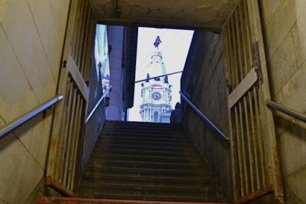 Not all those who wander are lost … but most are: A wayfinding tour of CityHall