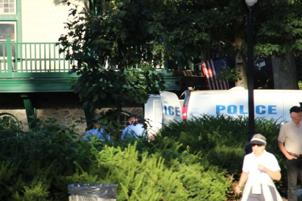 PHOTOS – Police Pull Body from the Schuylkill by BoathouseRow
