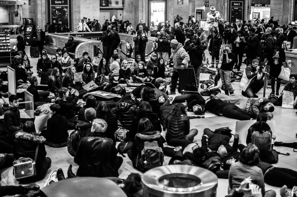 Hundreds 'die-in' at 30th Street Station. Photo: Joshua Albert